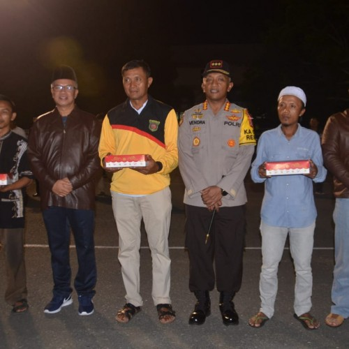 Bukti Samarinda Aman, Sahur On The Road Sebar 3.189 Nasi Kotak